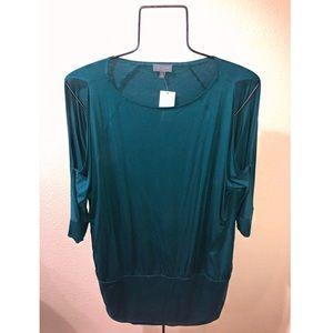 Open / Cold shoulder blue banded top